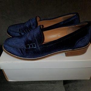 Steve Madden Blue Velvet Loafers